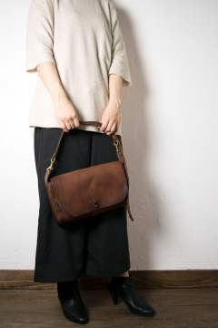 【18SS】レザー3WAYクラッチバッグ [キャメル] / LEATHER 3WAY CLUTCH BAG [CAMEL]