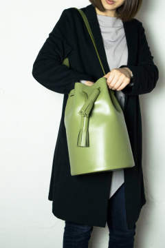 BUCKET IN OLIVE / バケットインオリーブ