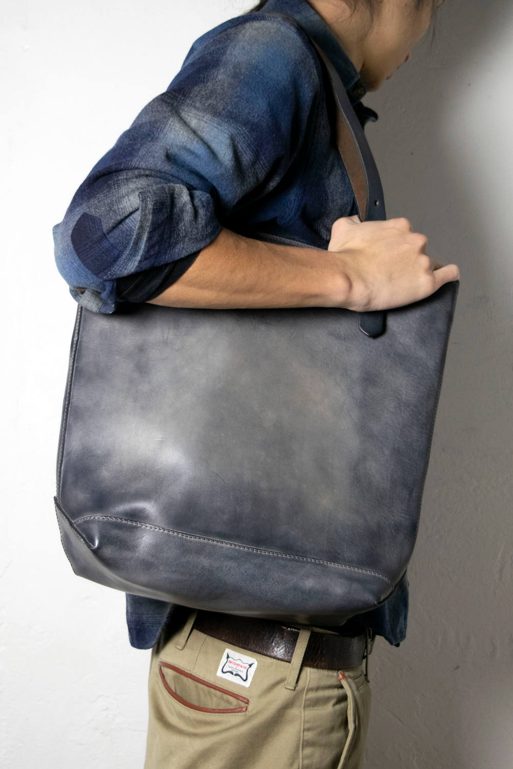 【18AW】レザートラベルトートバッグ - ハイト [グレー] / LEATHER TRAVEL TOTE BAG - HEIGHT [GRAY]